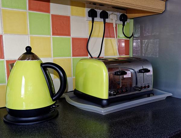keep appliances clean