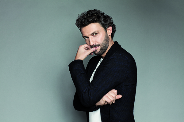 IN REVIEW: Tenor JONAS KAUFMANN [Photo by Julian Hargreaves, © by Sony Classical]