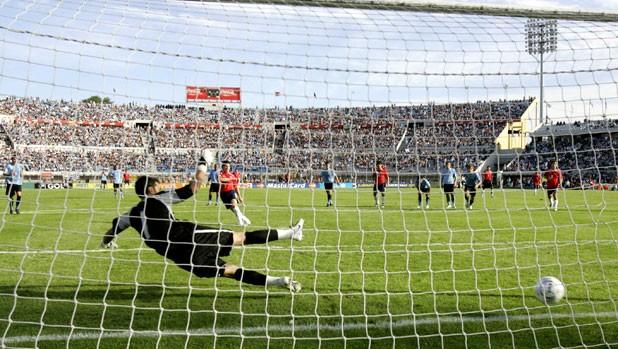 Uruguay y Chile en Clasificatorias a Sudáfrica 2010, 18 de noviembre de 2007