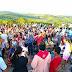 Católicos de Capela participam da Via Sacra no monte