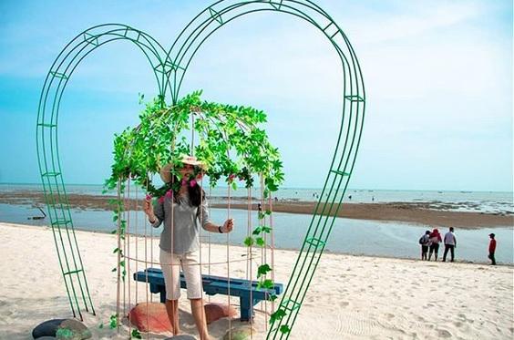 Pemandangan Romance Bay Medan