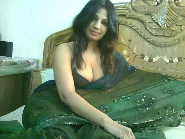 Bangladeshi girl with tight pussy - 2 3