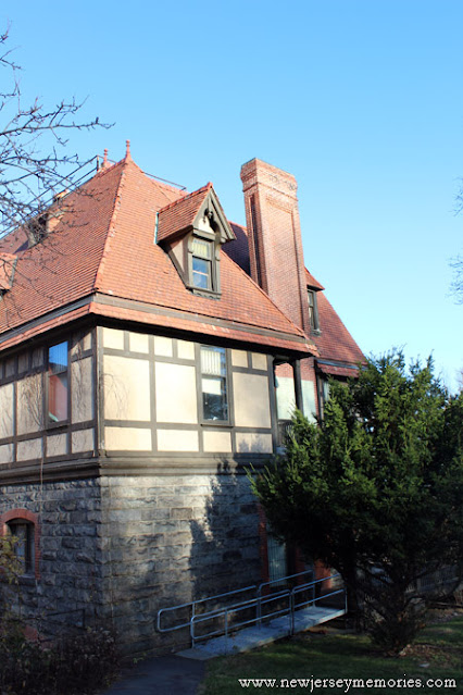 Charles Shultz House, also known as Evergreens.