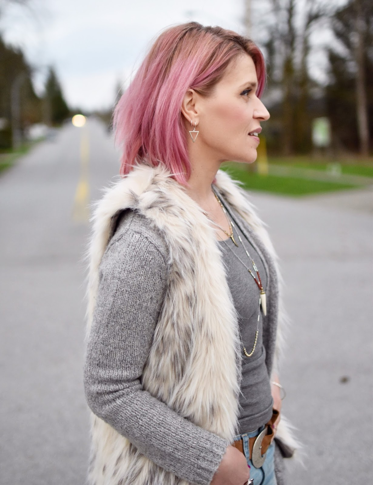 Monika Faulkner outfit inspiration - grey tank top and cardigan, faux-fur vest, Lucky Brand necklace, pink hair