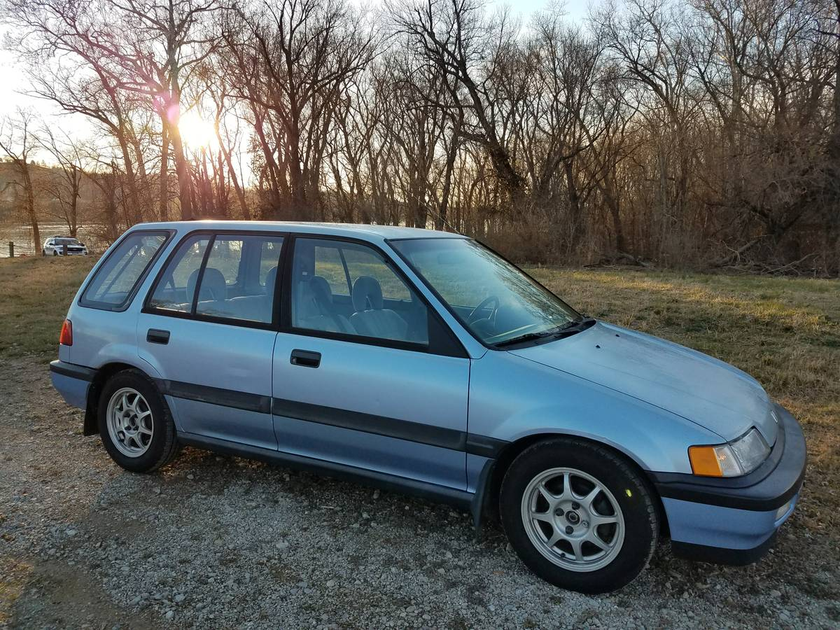 Find this 1991 Honda Civic Wagon RT4WD offered for $5500 in Cincinnati, OH  via craigslist. Tip from Rock On!