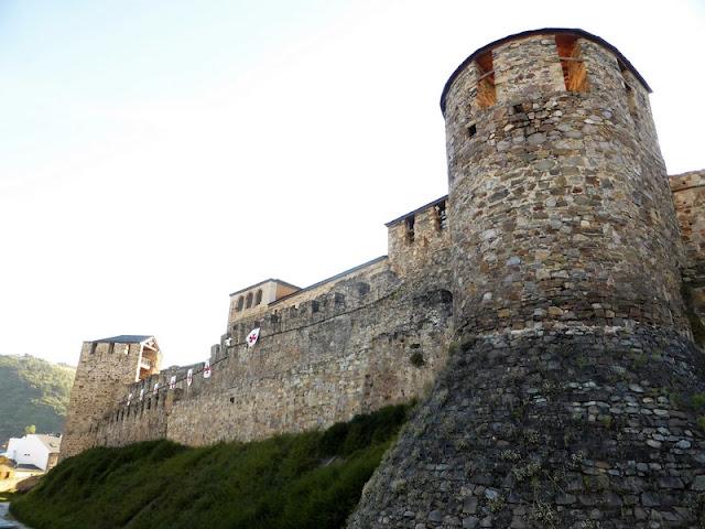 Castillo Templario de Ponferrada, muralla