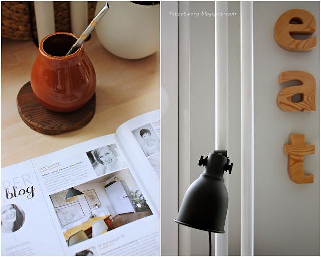 szara ściana, lampa ikea, yerba mate