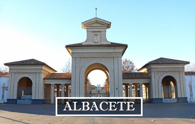 Albacete, modernista y cuchillera