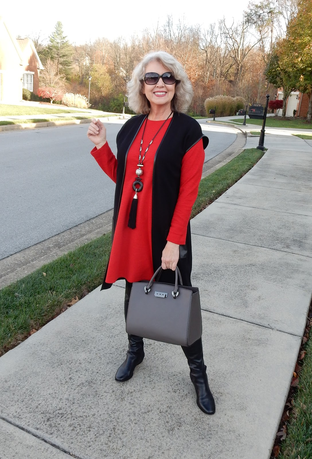 dress not for success fifty years Ageless chic + age appropriate style guide to be chic at any age with fashion stylist tips on how to not look old (or too young) and dress for any age focusonstyle covers all the basics of what it means to maintain your effortless style at any age.