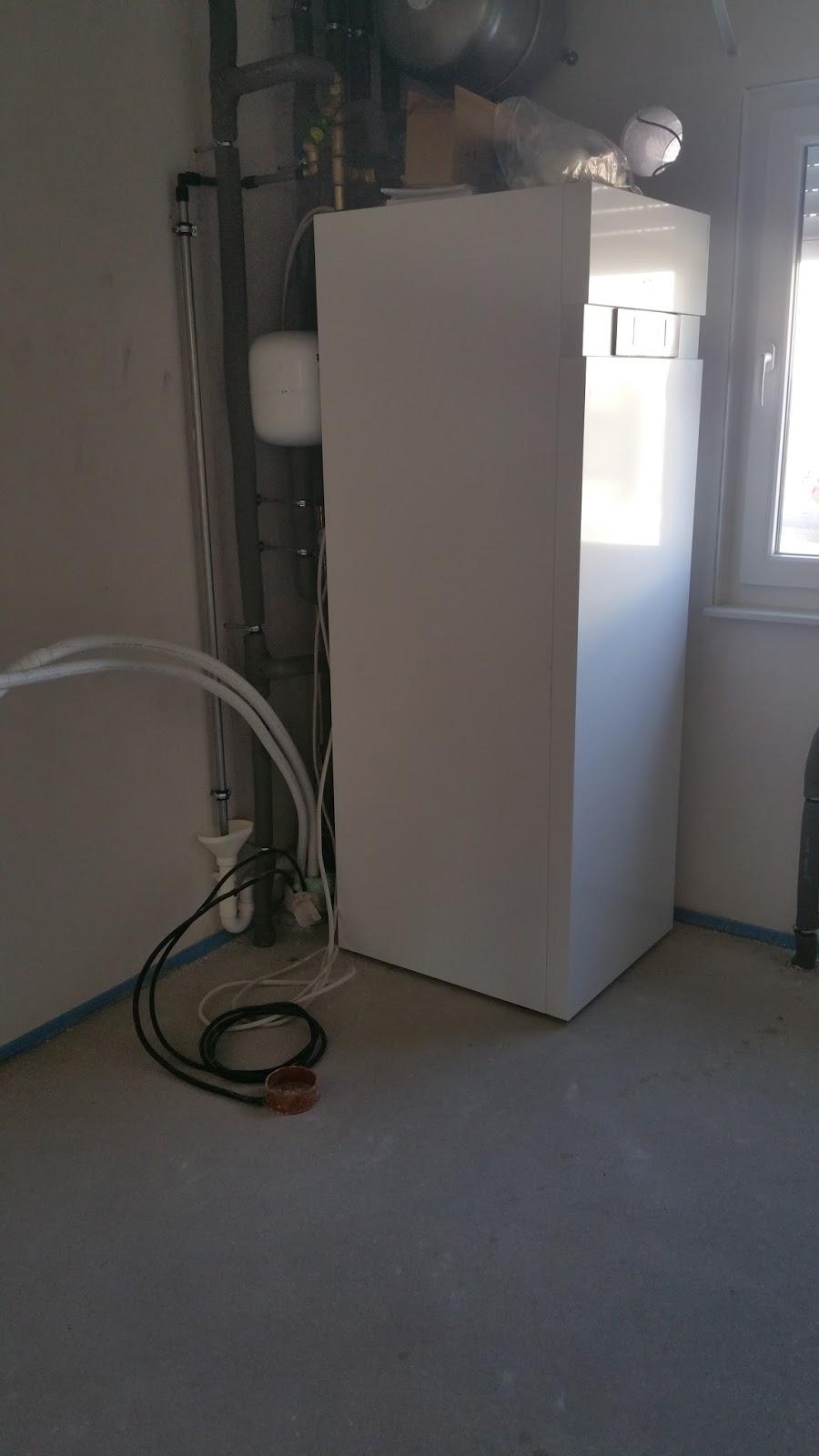 stein auf stein das h uschen wird bald fertig sein. Black Bedroom Furniture Sets. Home Design Ideas