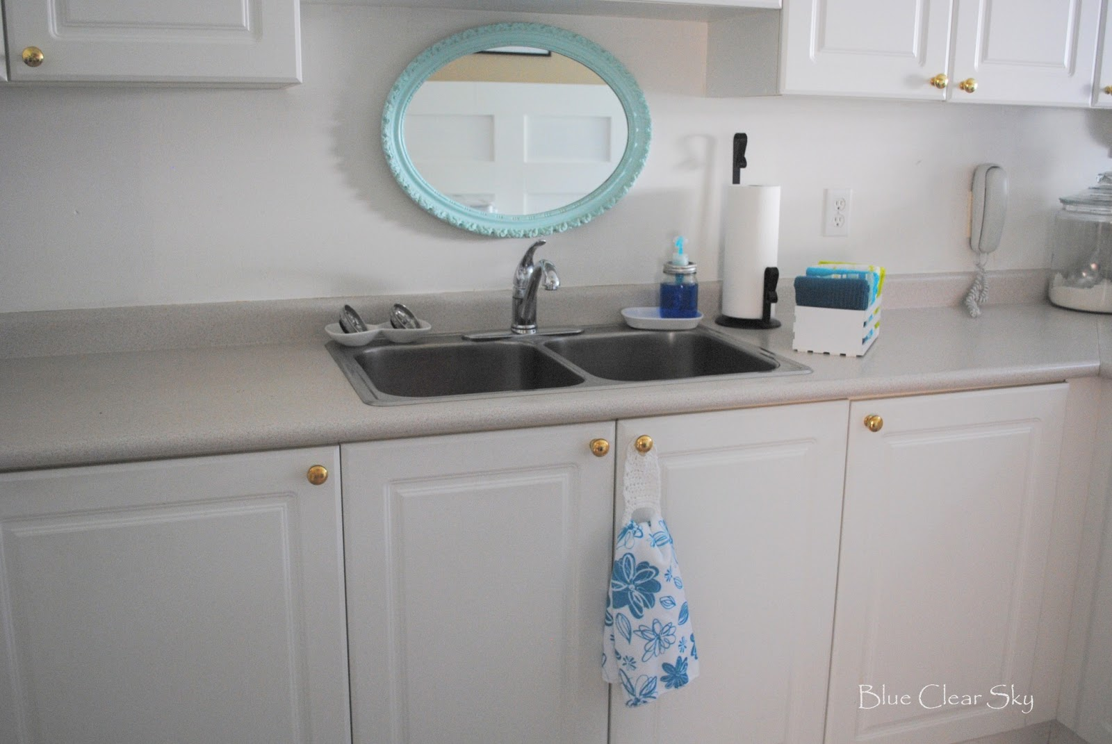Rustic Maple: Our Kitchen~ A Crocheted Hand Towel Holder