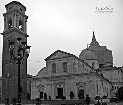 Здесь храниться христианская святыня Туринская плащаница