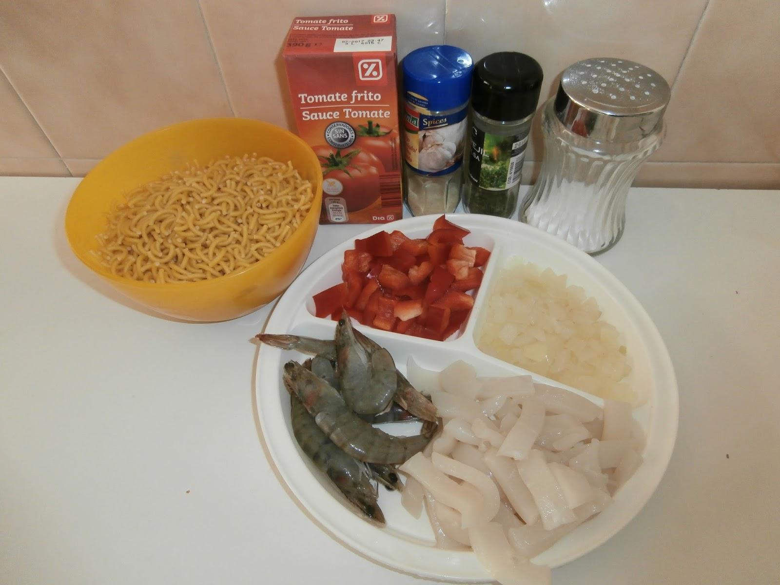 Cocinando con la family fideos a la cazuela con gambas y for Cocinar con olla gm