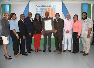 ASDE reconoce a varias personalidades por sus aportes a la República Dominicana