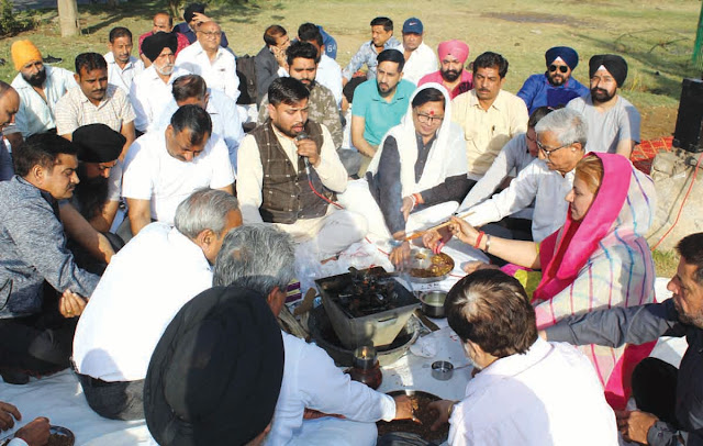 On the Martyrs day, Indian Panchanad army, Guru Sewa Sangh organized a 'Yavna Yajna'