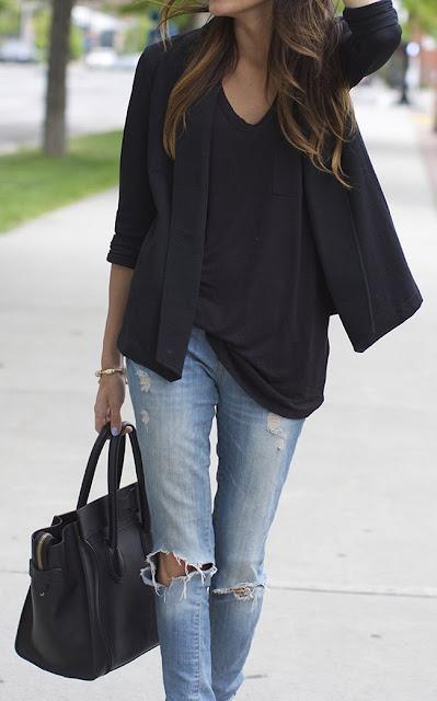 Ioanna's Notebook - Classic black blazer outfits - Πως να φορέσετε το μαύρο κλασικό σακάκι