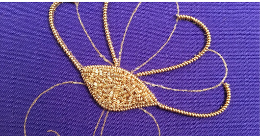MooshieStitch Monday: Goldwork Daisy Part 1
