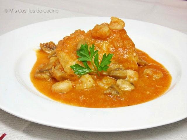receta-bacalao-tomate-cahmpiñones-gambas