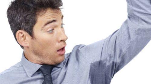 Εφίδρωση στις μασχάλες: 6 λύσεις για να μη νιώσετε ποτέ ξανά άσχημα
