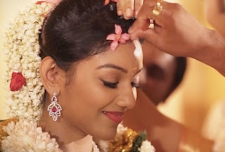 A Kochi Hindu Wedding Video