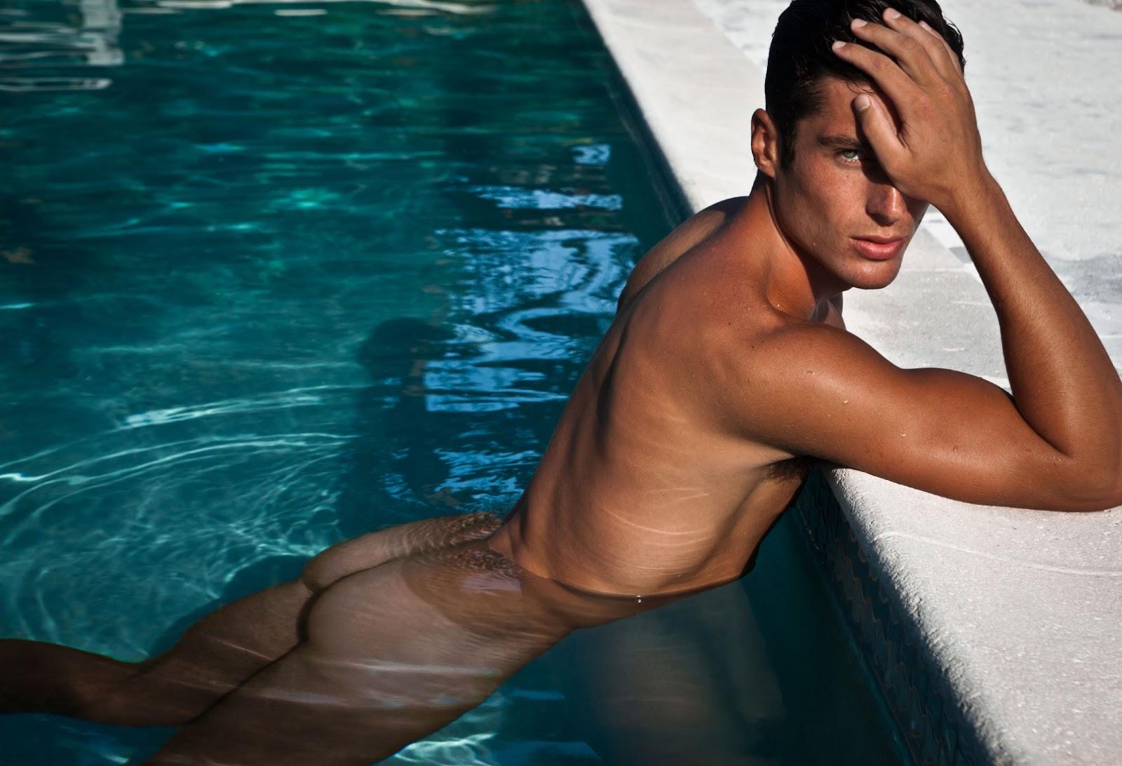 данной категории голые парни в городском бассейне читать дальше