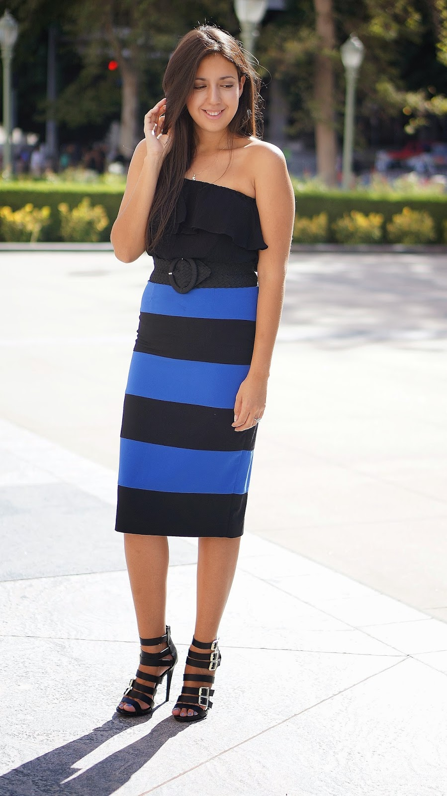 http://www.truehonestfashion.com/2014/07/striped-skirt.html