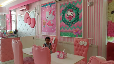 Kafe Miss Pink Kitty Semarang