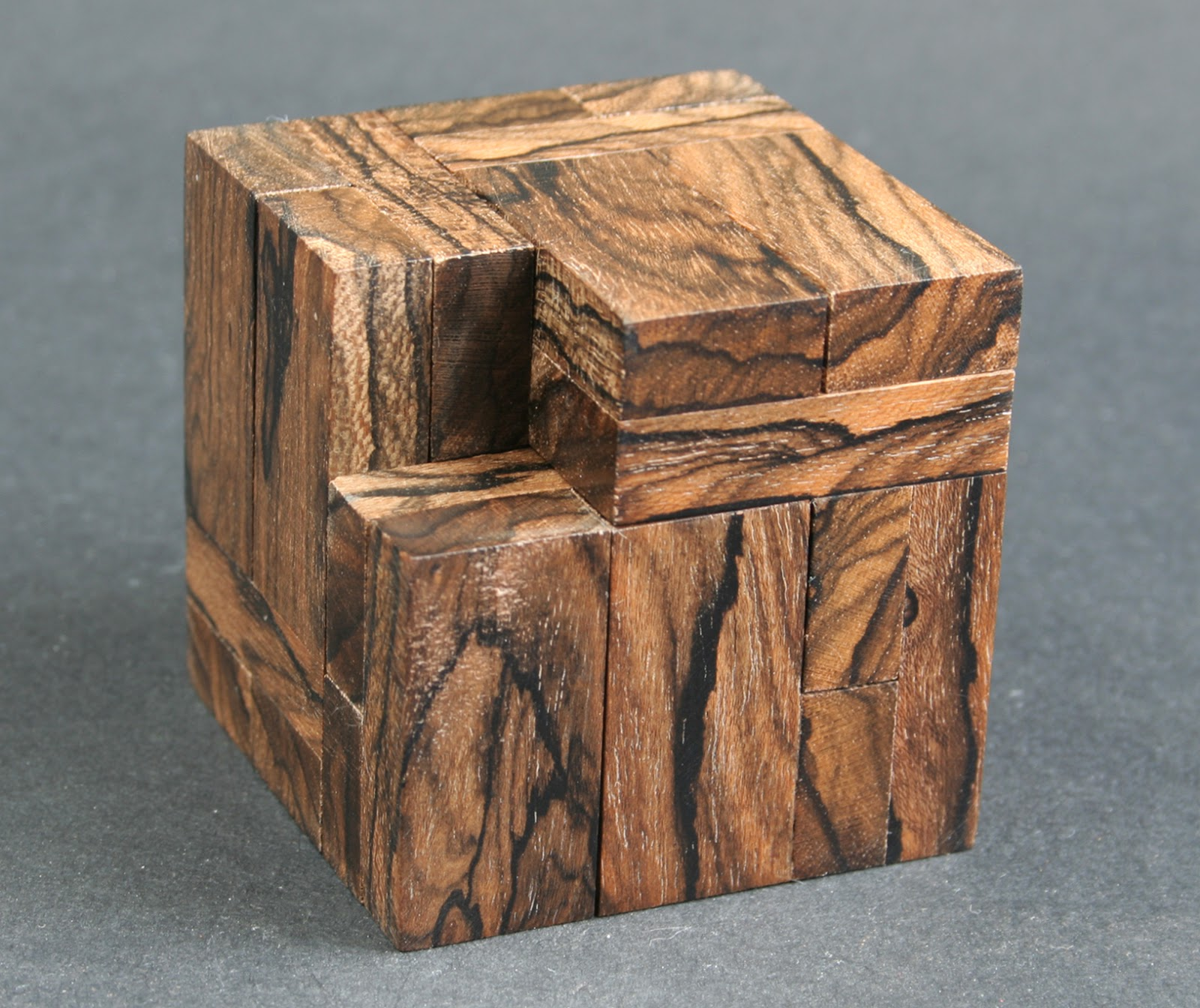 le domino cube
