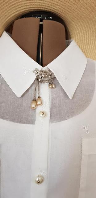 Biala bluzka damska, koszulowa.