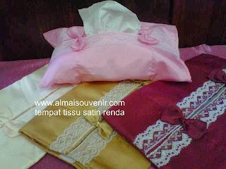 souvenir pernikahan  tempat tisu satin renda, souvenir pernikahan murah