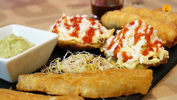 Degustación entrantes venezolanos (tequeños, tostones y yuca frita) Anauco Hamburguesería Gourmet Madrid