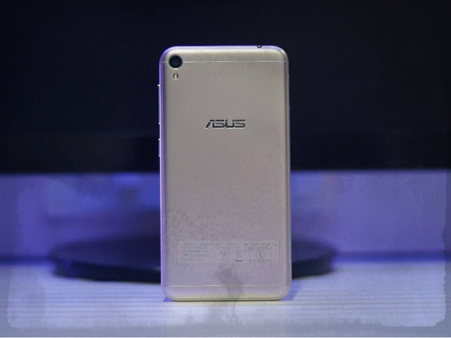 Asus Zenfone Live Review and Photos