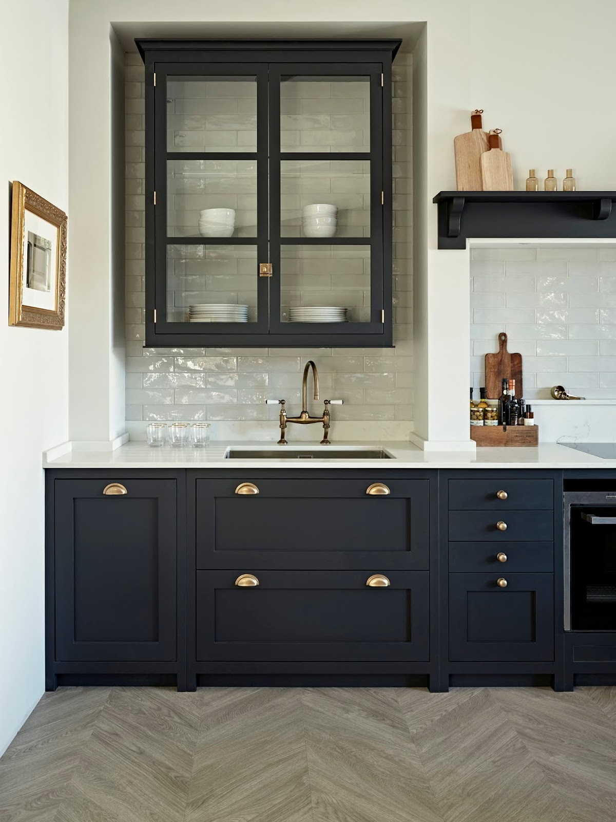 Black Kitchen Temporary Ideas