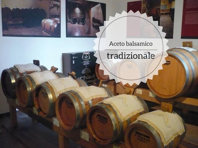 La visita all'acetaia comunale di Modena: la batteria di botti