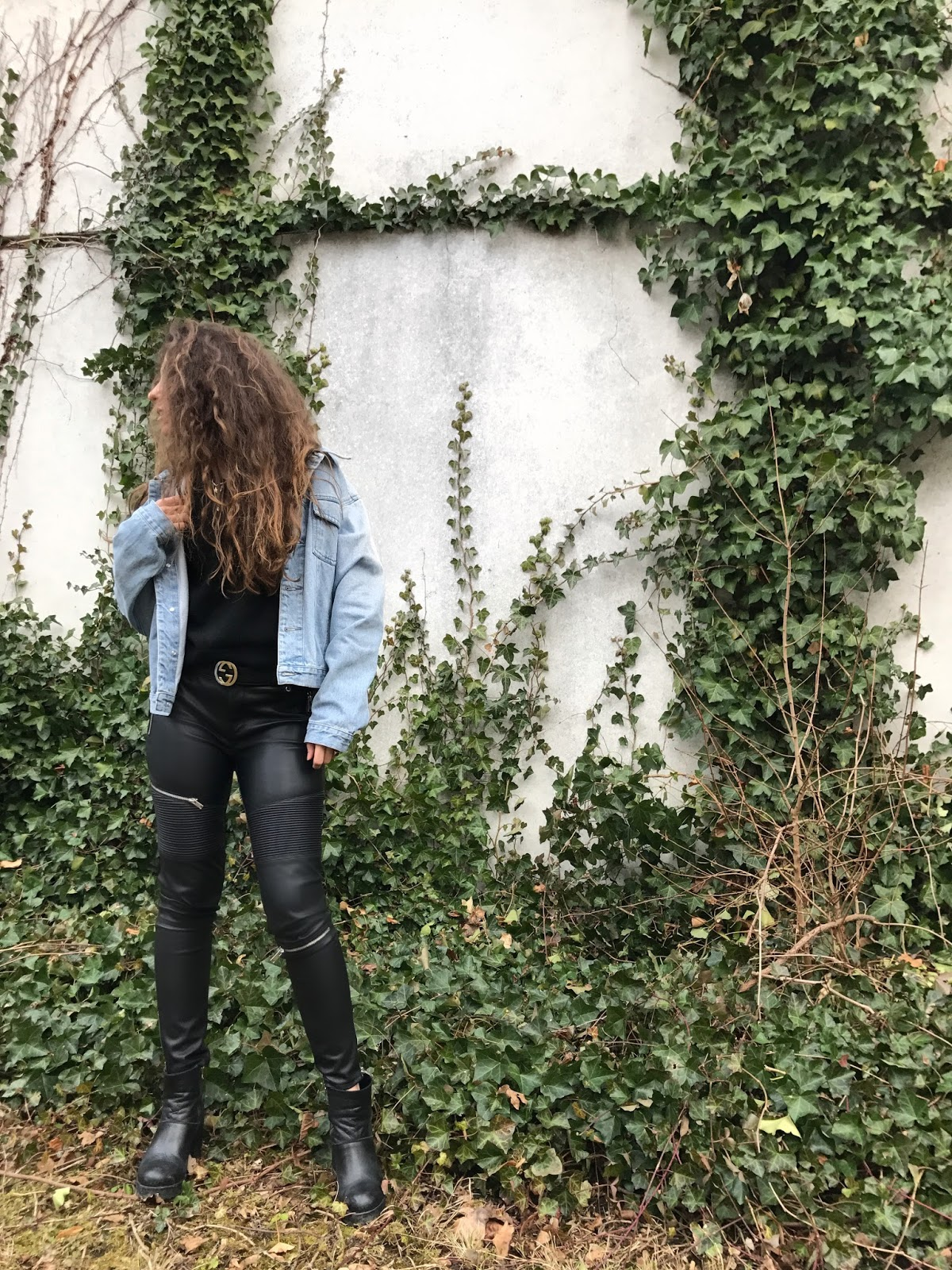 leather pants, leather pants outfit, faux leather pants outfit, leather trousers, valentina rago, valentina Rago fashion need, fashion need, fashion need blog, Valentina Rago fashion blog, fashion blog milano, Italian fashion blog, outfit fashion blog