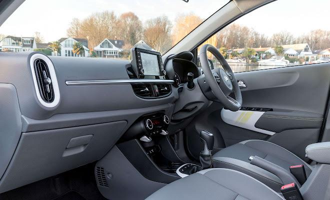 Kia Picanto X-Line front interior