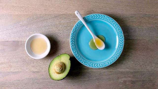 Điều trị mụn tại nhà bằng giấm táo cực hiệu quả cho da dầu