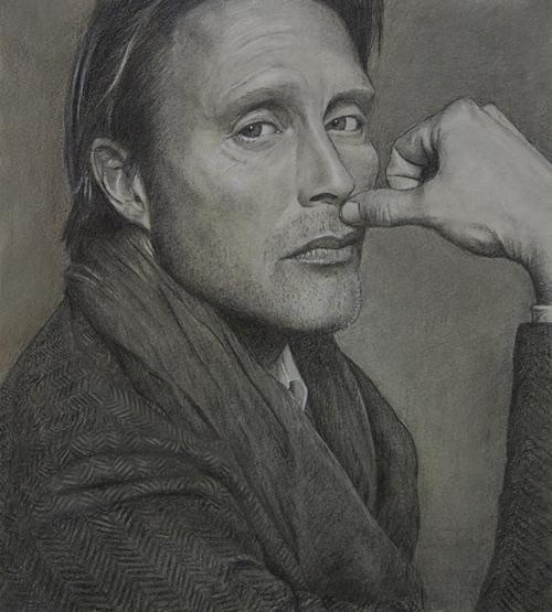 09-Mads-Mikkelsen-ekota21-Very-Detailed-Celebrity-Portrait-Drawings-www-designstack-co