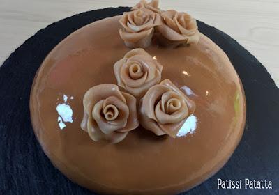 entremet miroir, glaçage miroir, entremet vanille et caramel, cake design, gâteau design, roses en chocolat, patissi-patatta