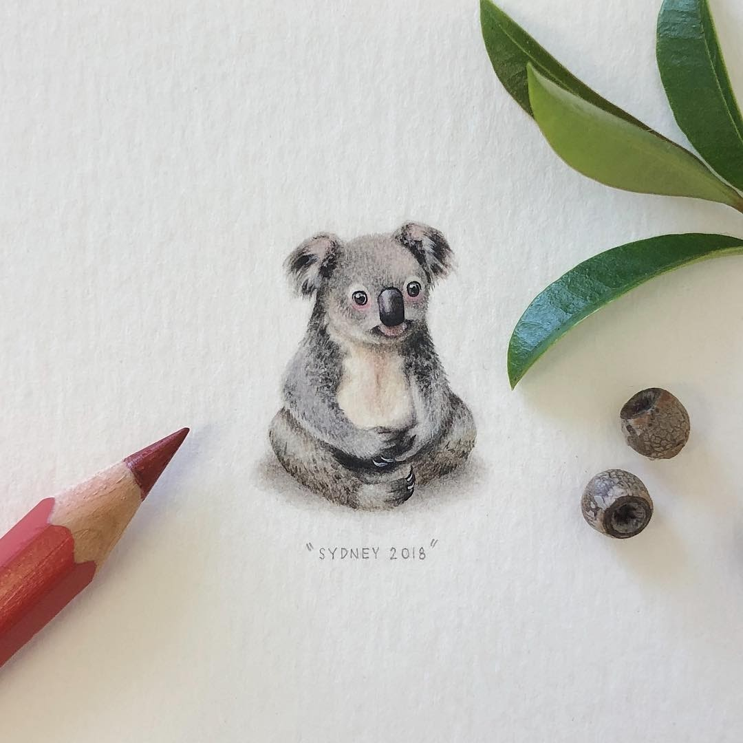 11-Koala-Loots-Tiny-Miniature-Mixed-Media-Animals-and-Architecture-www-designstack-co