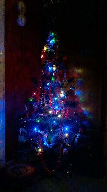 pieni joulukuusi valot