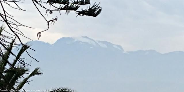 Chile - Santiago - Neve na Cordilheira do Andes vista do Parque Metropolitano