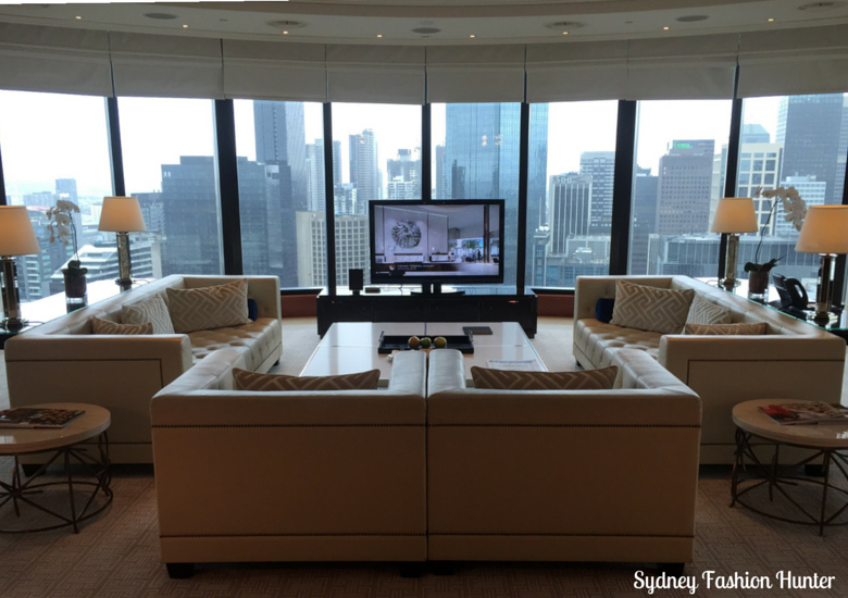 Sydney Fashion Hunter: Crown Towers Melbourne Deluxe Villa - Lounge