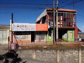 Puriscal optometrists and office store