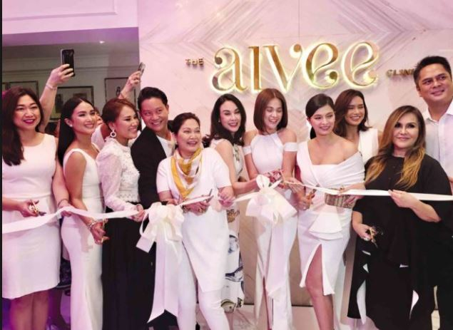 Angel Locsin Looked Stunning During Her Bright White Laser Treatment At The Aivee Clinic!