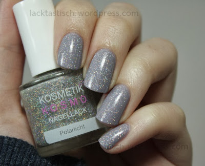 http://lacktastisch.wordpress.com/2013/11/16/kosmetik-kosmo-polarlicht-topper-time/