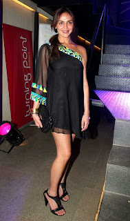 WWW.BOLLYM.BLOGSPOT.COM Esha Deol  Smooth Legs Show Pics Picture Gallery at an Event 0004.jpg