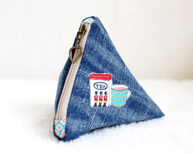 Diy Triangle Zipper Pouch Tutorial Diy Tutorial Ideas