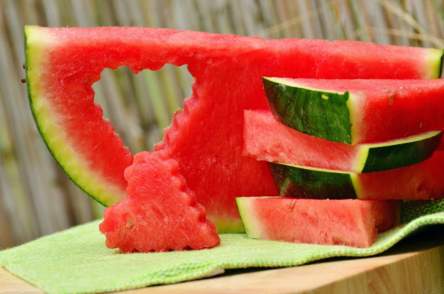 You Should Never Throw Away The Shell Of Watermelon! Here's Why !