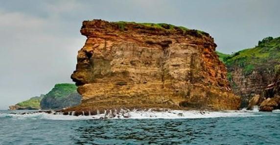 Spot Foto Keren Pantai Ngondo Gunung Kidul Yogyakarta